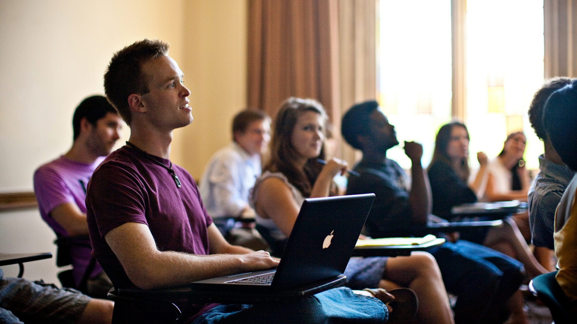 Southeastern Financial Aid >> Rhodes College – Colleges That Change Lives
