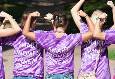 "Agnes Scott College students wear tee shirts that say ""Smart Women Sweat"""