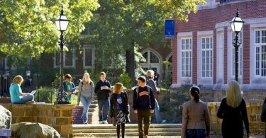 Hendrix College students walk to class